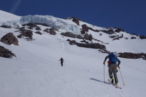 NOAH HOWELL SKIS MT. RAINIER